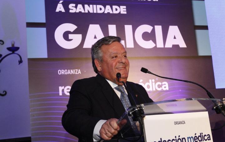 Julio Ancochea agradece el reconocimiento a Asomega