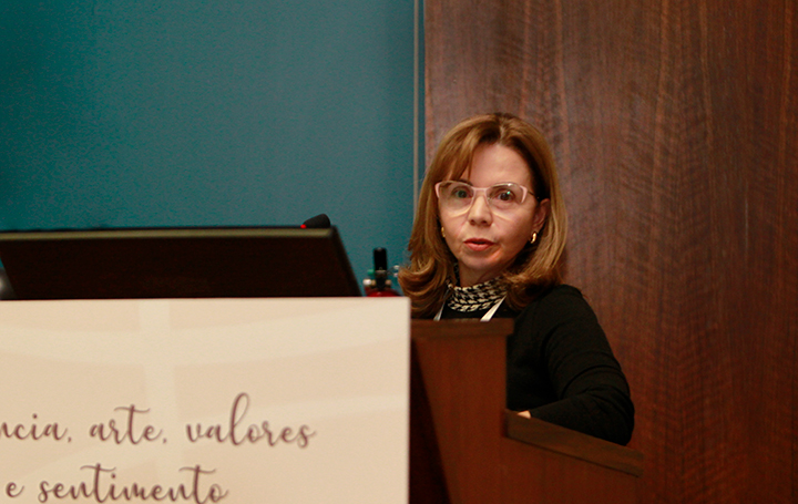 Delia Cerviño