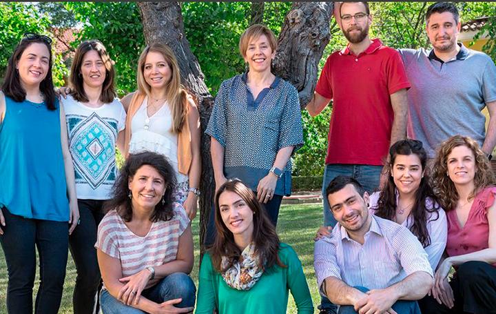 Marisol Soengas con su equipo de Melanoma del CNIO