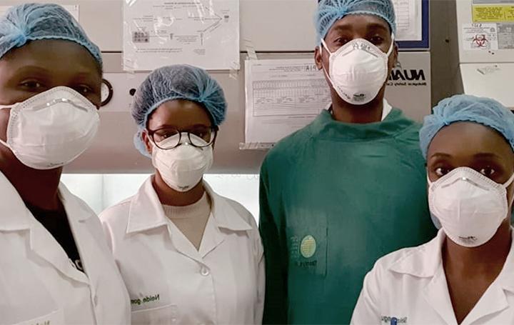 Personal del Centro de Investigación en Salud de Manhiça (CISM) de Mozambique que ha trabajado en este estudio sobre tuberculosis